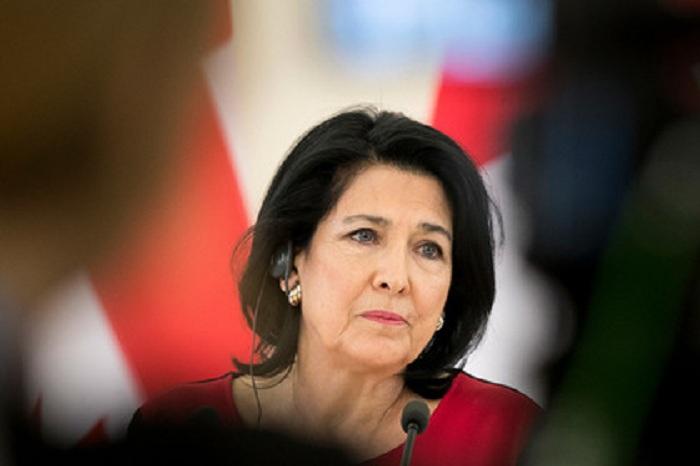 Zurabişvili Azərbaycan və Gürcüstanı dialoqa çağırdı