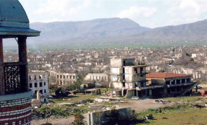 Armenia halts entrance to Karabakh