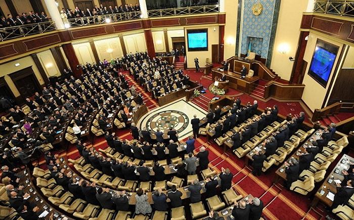 Qazaxıstanda seçkilərin tarixi açıqlandı