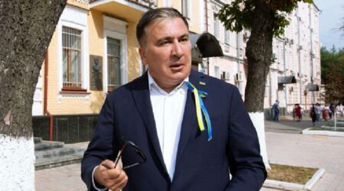 Saakaşvili Afinada döyüldü