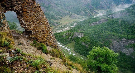تدميرمعاقل الأرمن وتحرير مرتفعات مهمة