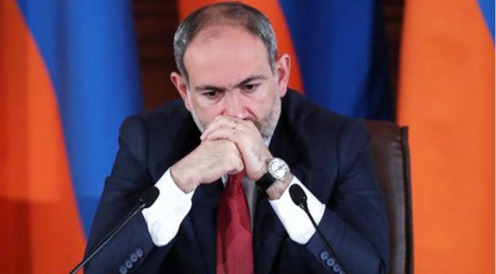 Paşinyanın statusu Ermənistanı qarışdırdı -  İqtidar komandası dağılır