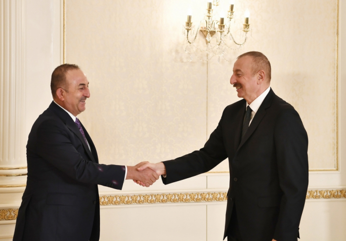 President Ilham Aliyev received Turkish officials