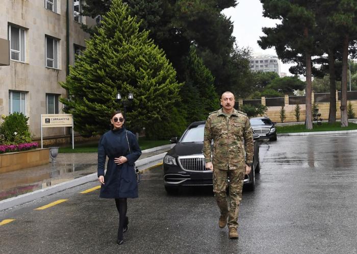 Prezident və birinci xanım müalicə olunan hərbçilərlə görüşdü - FOTOLAR (YENİLƏNİB)