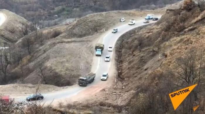 Armenians cutting down trees in Kalbajar before leaving district –  VIDEO