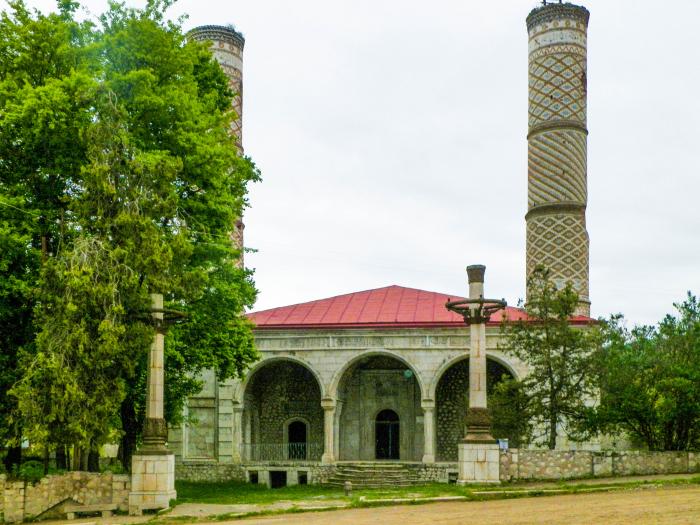 Azerbaijan supplies electricity to Shusha mosque –  VIDEO