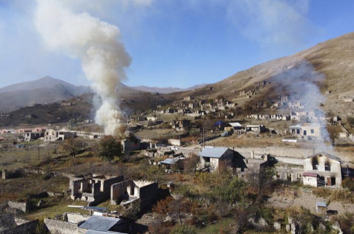 Ermənilər Ağdamda da evləri yandırır -    VİDEO