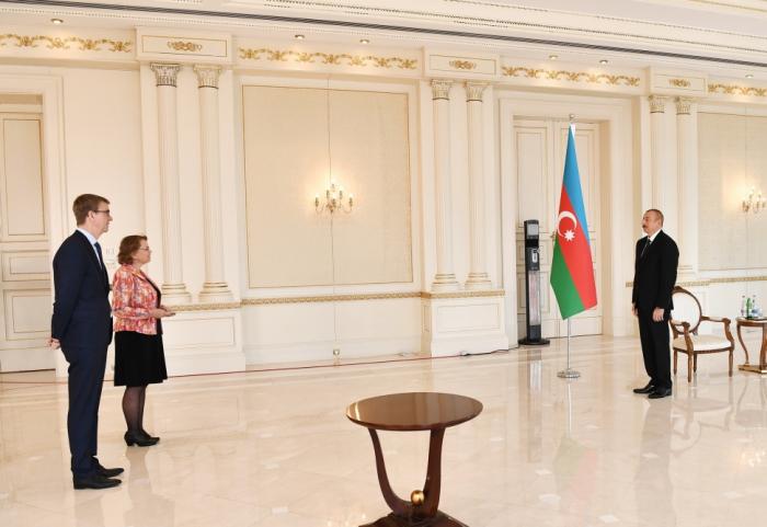 President Ilham Aliyev receives incoming Dutch ambassador - UPDATED