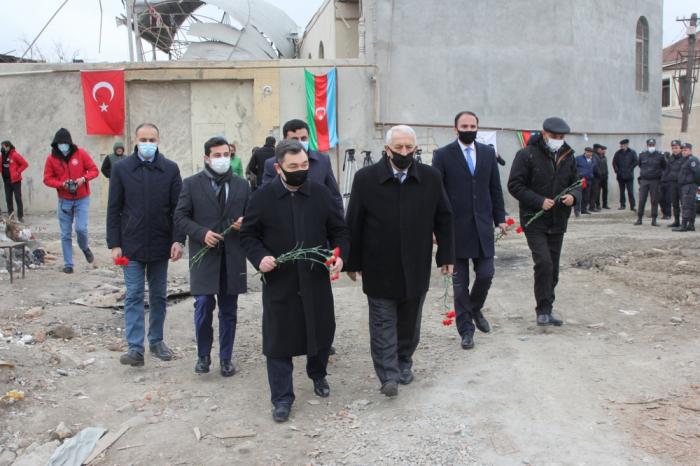 Delegation of International Turkic Academy witnesses Armenian atrocities in Ganja