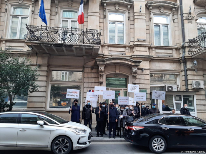 Civil organizations hold rally outside French embassy in Baku