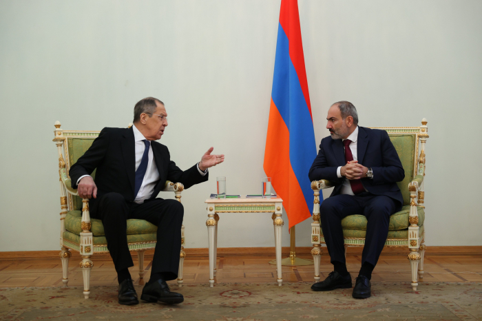 Russian FM discusses Karabakh with Pashinyan