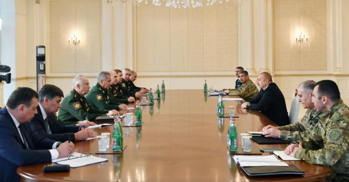 Ilham Aliyev a reçu le ministre russe de la Défense