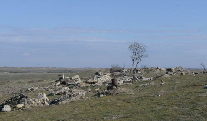Armenians completely destroyed cemetery in Kurdlar village of Fuzuli –  VIDEO