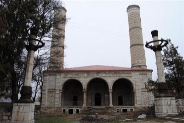 Staatskomitee   - Aserbaidschan wird alle von Armeniern zerstörten Moscheen wiederherstellen