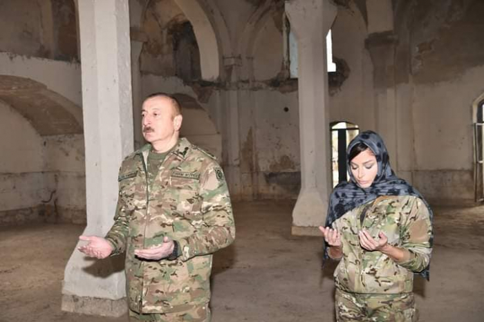 President Ilham Aliyev and First Lady visitJuma mosque in Aghdam -  PHOTO|VIDEO