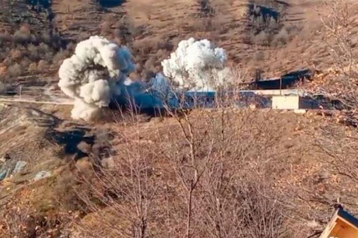 Armenier haben eine Militäreinheit in Kalbadschar in die Luft gesprengt   - VIDEO