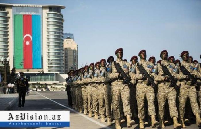 """En Azerbaiyán se establece el título de """"Héroe de la Guerra Patria"""""""