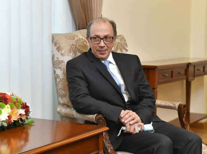 Nuevo canciller armenio admite su derrota