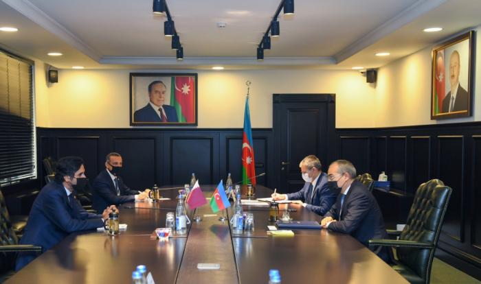 Empresas de Qatar han sido invitadas a invertir en Azerbaiyán
