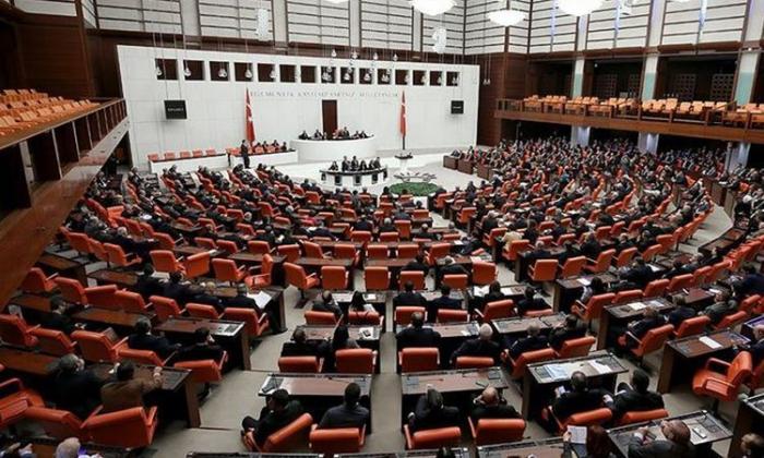 Türkiyənin siyasi partiyaları Fransa Senatının qətnaməsini pislədi