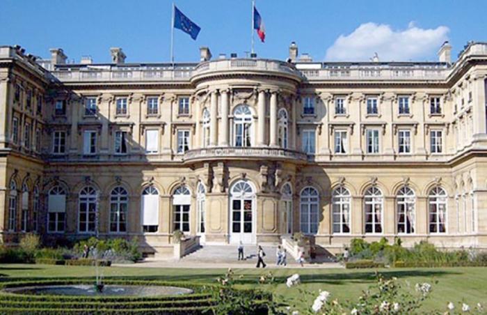 El Ministerio de Asuntos Exteriores francés no apoyó la resolución adoptada por el Senado