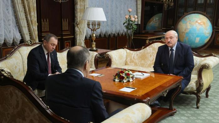 Lukaschenko spricht vage von Abschied
