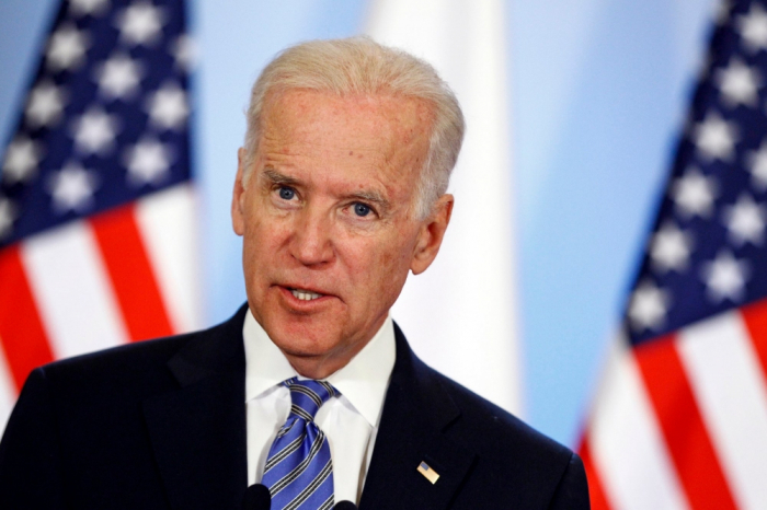 Biden fractures foot while playing with dog, to wear a boot