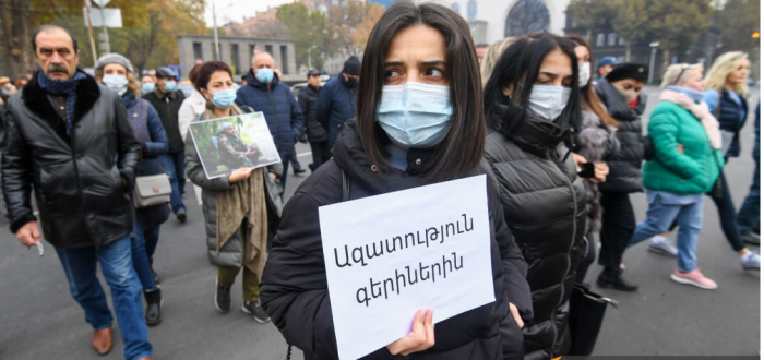 Armenian intellectuals hold protest in Yerevan