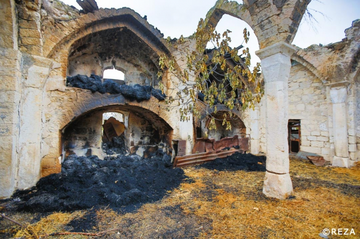 Reza Deghati:  «Des Arméniens ontbrûlé la mosquée d
