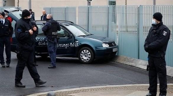 مهاجم مكتب المستشارة الألمانية في برلين... تورط في هجوم مماثل في 2014