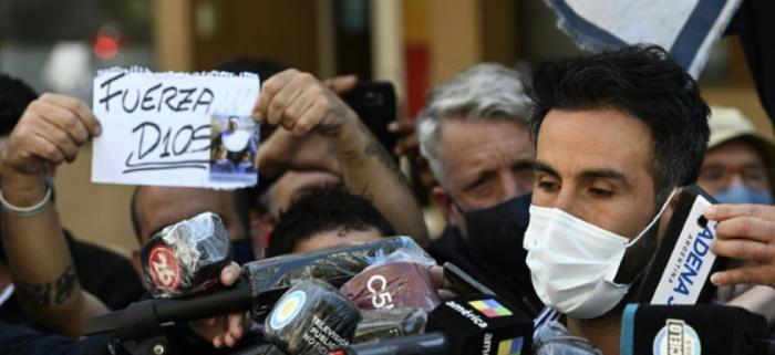 Football: médecin de Maradona dit avoir «fait l