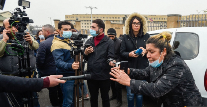 Eltern vermisster armenischer Soldaten protestieren