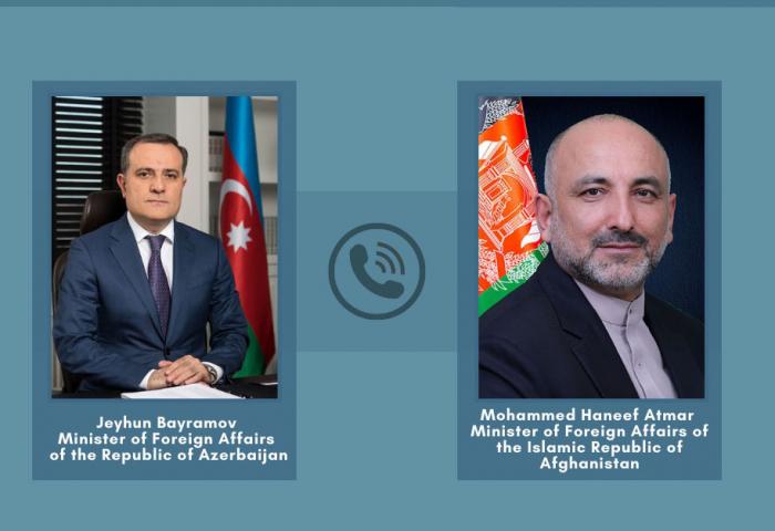 مناقشة التعاون بين أذربيجان وأفغانستان