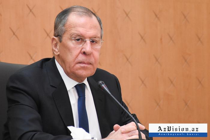 Le chef de la diplomatie russe est arrivé à Bakou