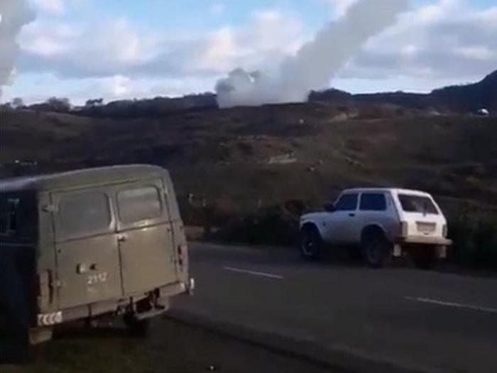 """Ermənilərin atdığı """"Smerç"""" raketlərin görüntüləri yayıldı -  VİDEO"""