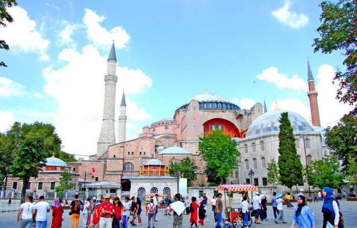 Members of Azerbaijan community and local community held rally in Istanbul