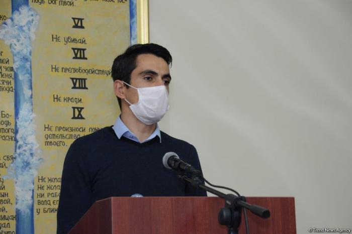 Əsir düşmüş erməni adventis Bakıda kilsədə dua etdi -    FOTO
