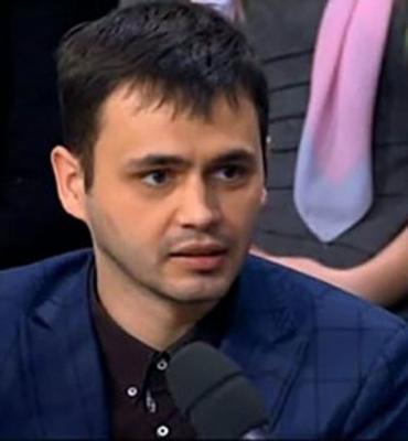 """Experto ucraniano:   """"Sugeriría que los franceses consideren reconocer la independencia de Córcega"""""""