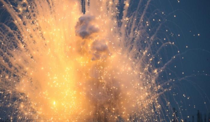 Armenia tries to hidefrom Azerbaijani UAVs using phosphorus munitions