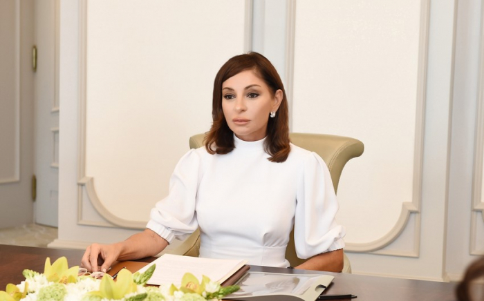 Mehriban Aliyeva congratulates Azerbaijani people on liberation of Lachin district