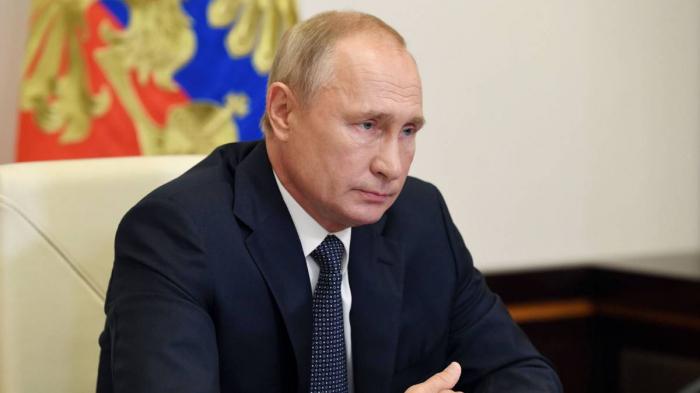 Putin orders mass COVID-19 vaccinations in Russia