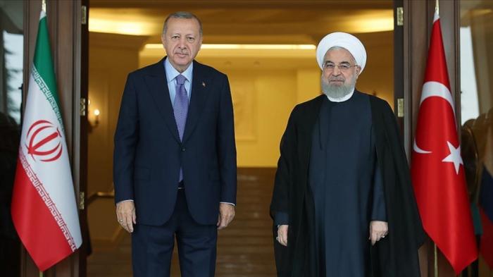 """Ərdoğan Ruhani ilə Qarabağdan danışdı:  """"Yeni mərhələyə qədəm qoyulub"""""""