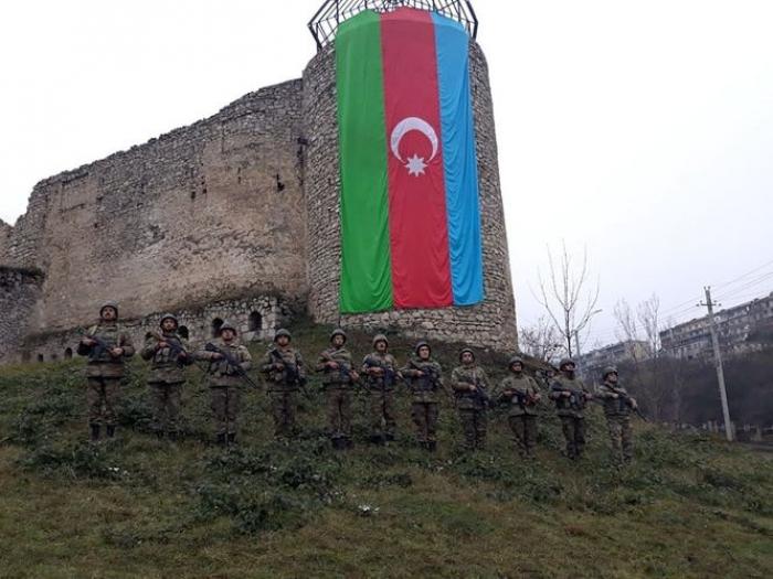 Şuşa qalasında şəhidlərin xatirəsi anılıb -