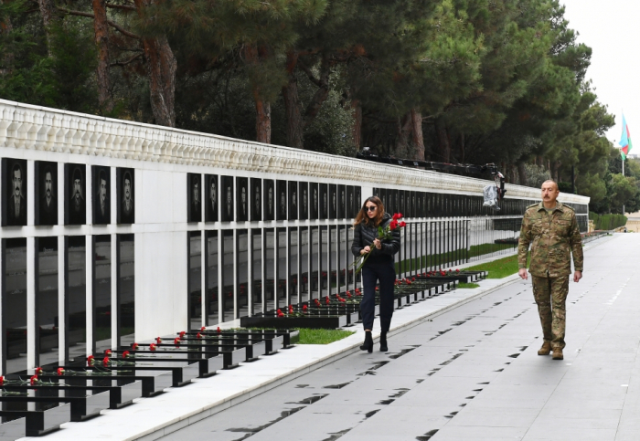 President Ilham Aliyev, first lady visit Alley of Martyrs - VIDEO, PHOTOS