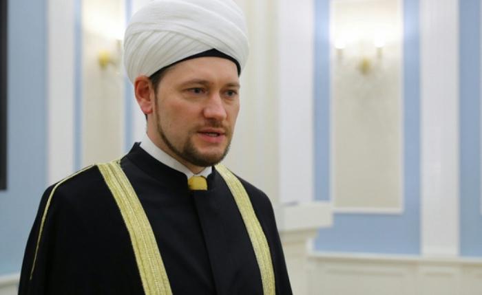 """""""Qarabağda məscidlər təhqir olunub"""" -    Damir Muxetdinov"""