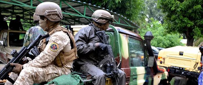مسلحون يطلقون النيران على قواعد عسكرية فرنسية