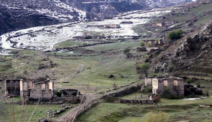 Laçının Hüsülü və Malıbəy kəndləri