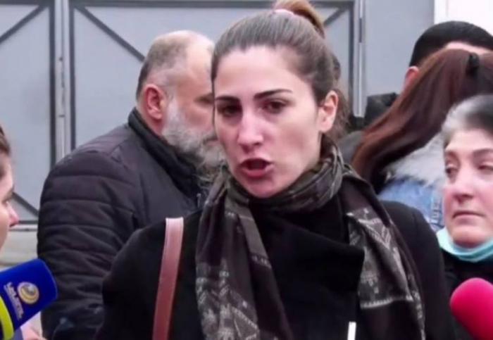 """""""Döyüşdə zirehli jiletləri belə olmayıb"""" -  Erməni hərbçilərin ailələri etiraz edir"""