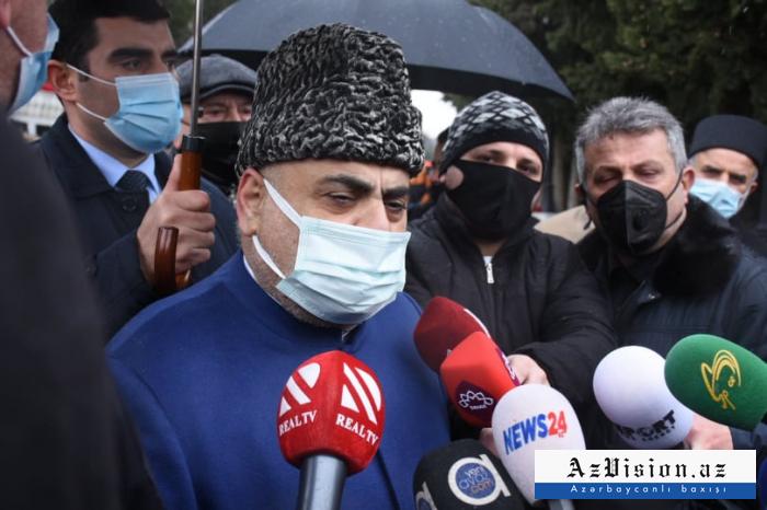 """""""Qorbaçov cəzasını almalıdır"""" -   Şeyx"""