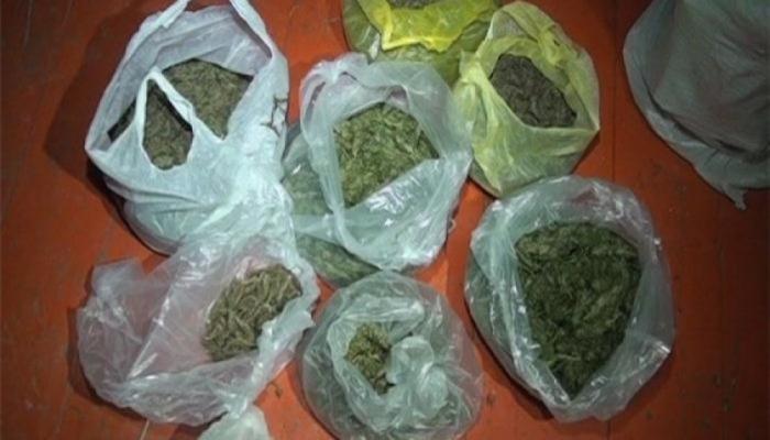 Samux sakinindən 9 kq-dan artıq narkotik götürüldü